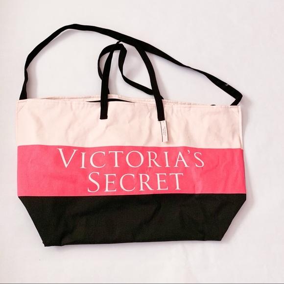 PINK Victoria's Secret Handbags - NWT Victoria 's Secret Large Weekend Bag
